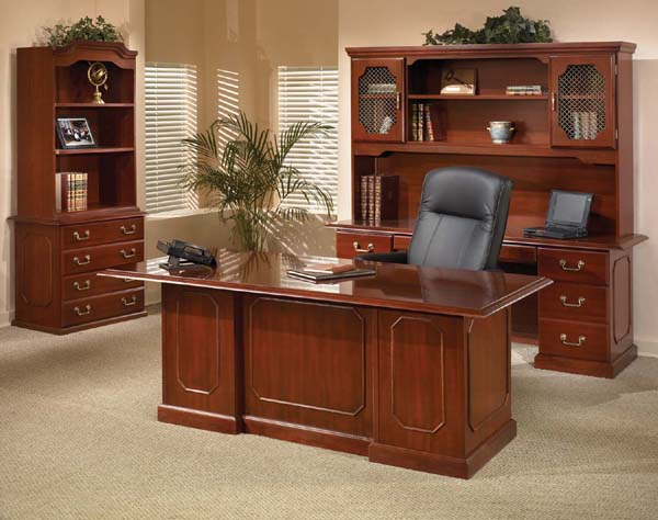 Ambador Traditional Executive Office Suite With Double Ped Desk Credenza Grill Door Hutch