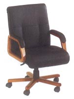 mid-back desk chair in black leather