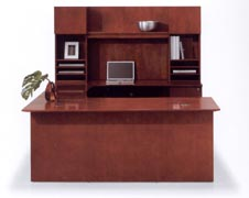 emx U bow front desk with hutch