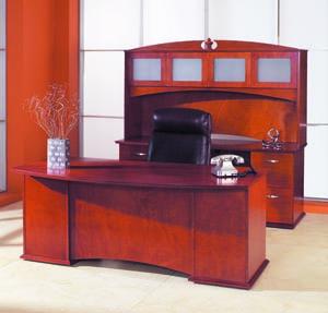 Affirm executive desk suite
