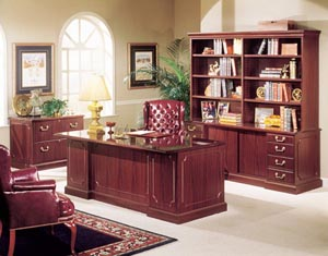 Bedford Traditional Office Furniture Suite