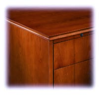 Edge and drawers with no pull detail