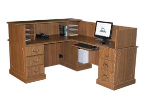 wyndam reception desk