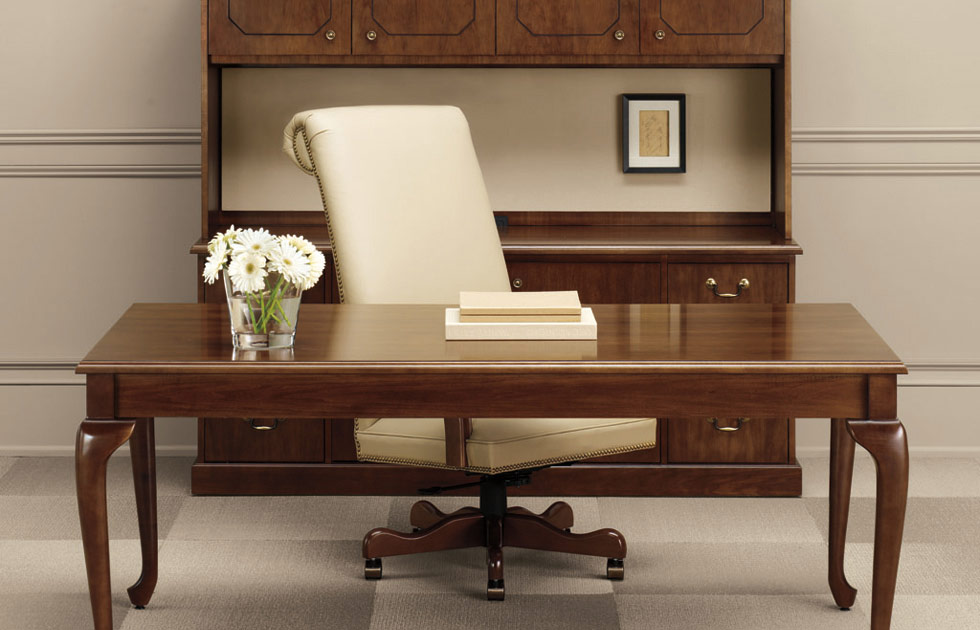 Richland Will Give You The Professional Look With This Traditional Table Desk Storage Credenza Hutch And Tack Board