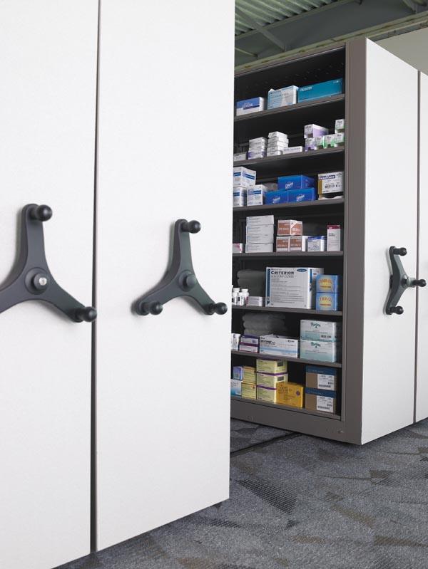 mobile aisle medical storage