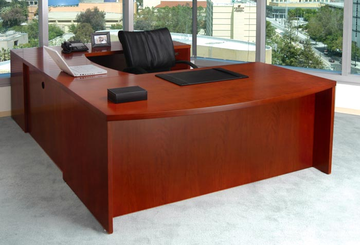bow front executive U workstation
