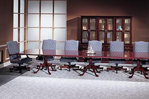 Traditional rectangular modular conference table